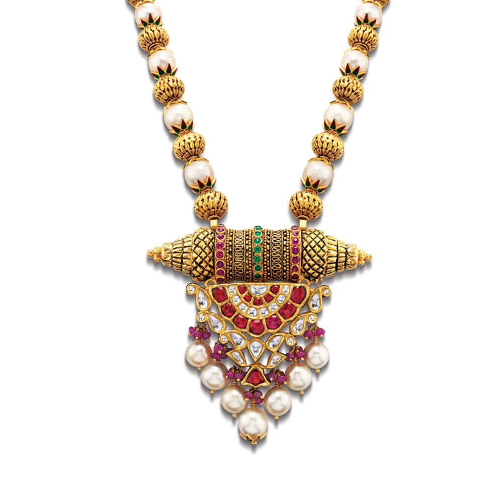 Latest Pendant Designs in Gold, Polki pendant designs, Gold pendant
