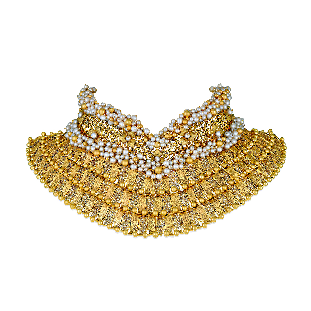 22 kt Gold Filigree Showstopper with Pearl Clusters - Showstopper | Azva