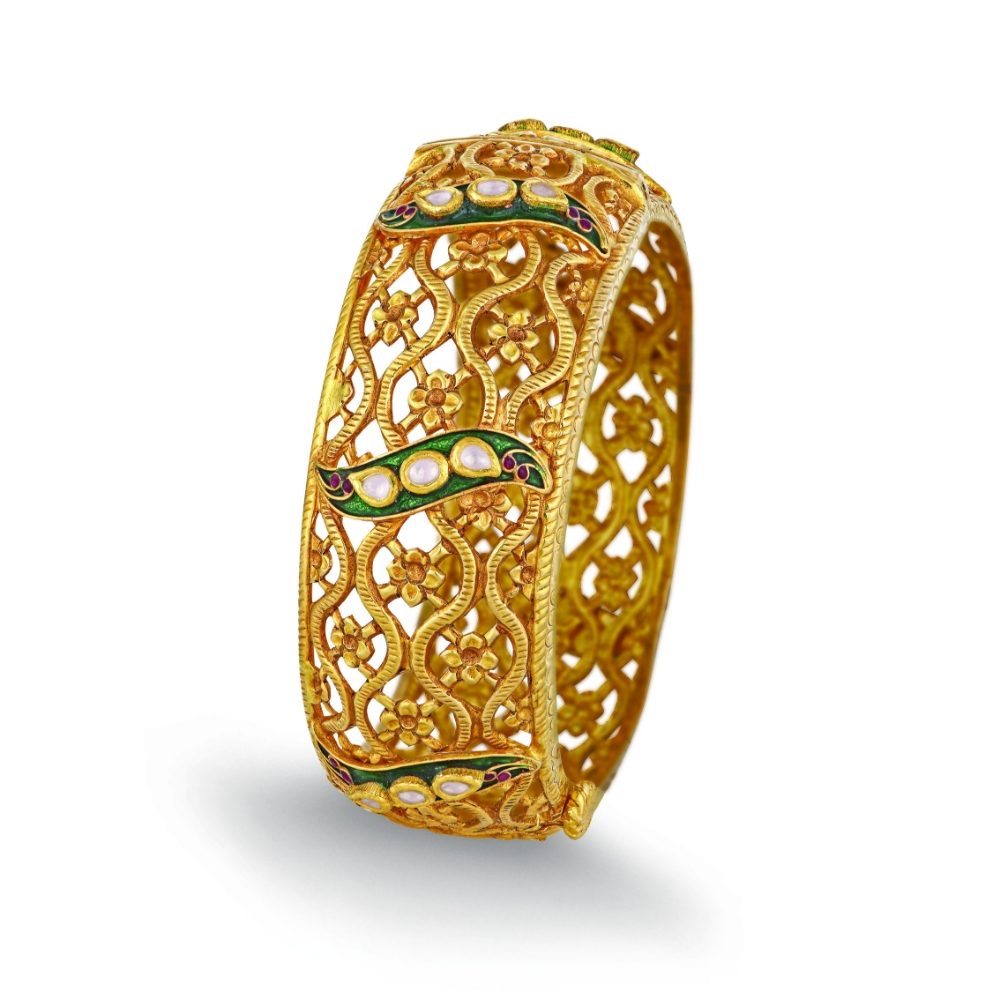 22 Kt Gold Bangle With A Floral Lattice - Bangles | Azva