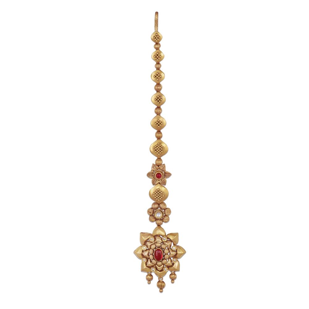 22 Kt Floral Gold Maantikka With An Oval Stone - Maangtikka | Azva