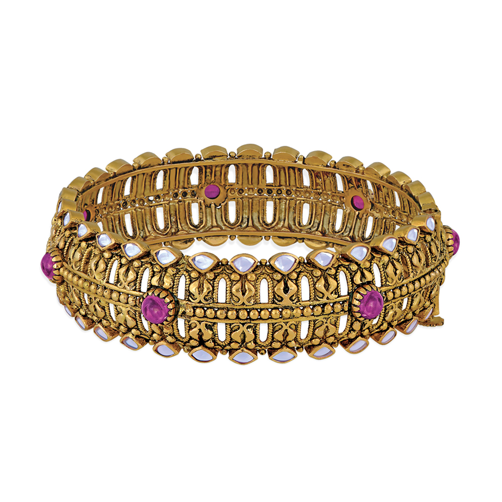 22 Kt Gold Bangle With Seven Kundan Set Stones - Bangles