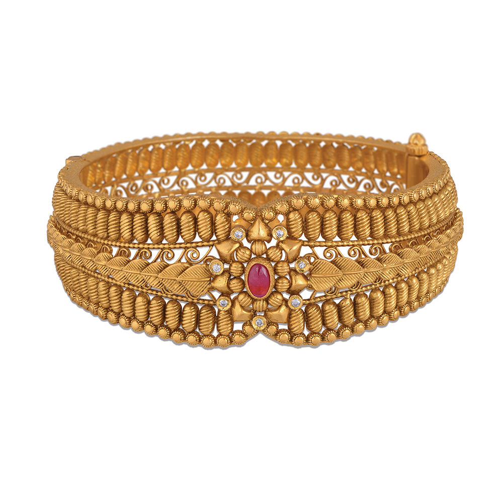 22 Kt Gold Bangles With Filigree Scrolls - Banlges | Azva